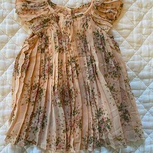 GAP pleated flutter sleeve dress! 🍑